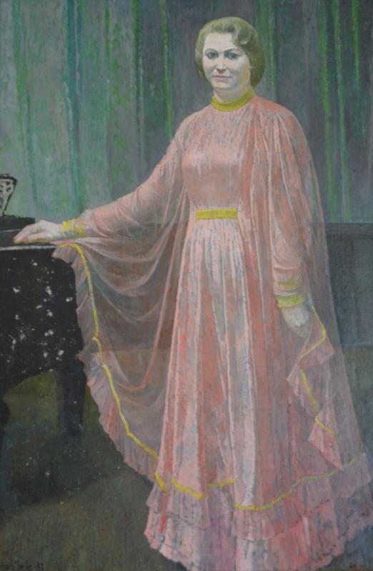 Filharmonijos solistė Liudmila Mackonienė, 1981, 117x81